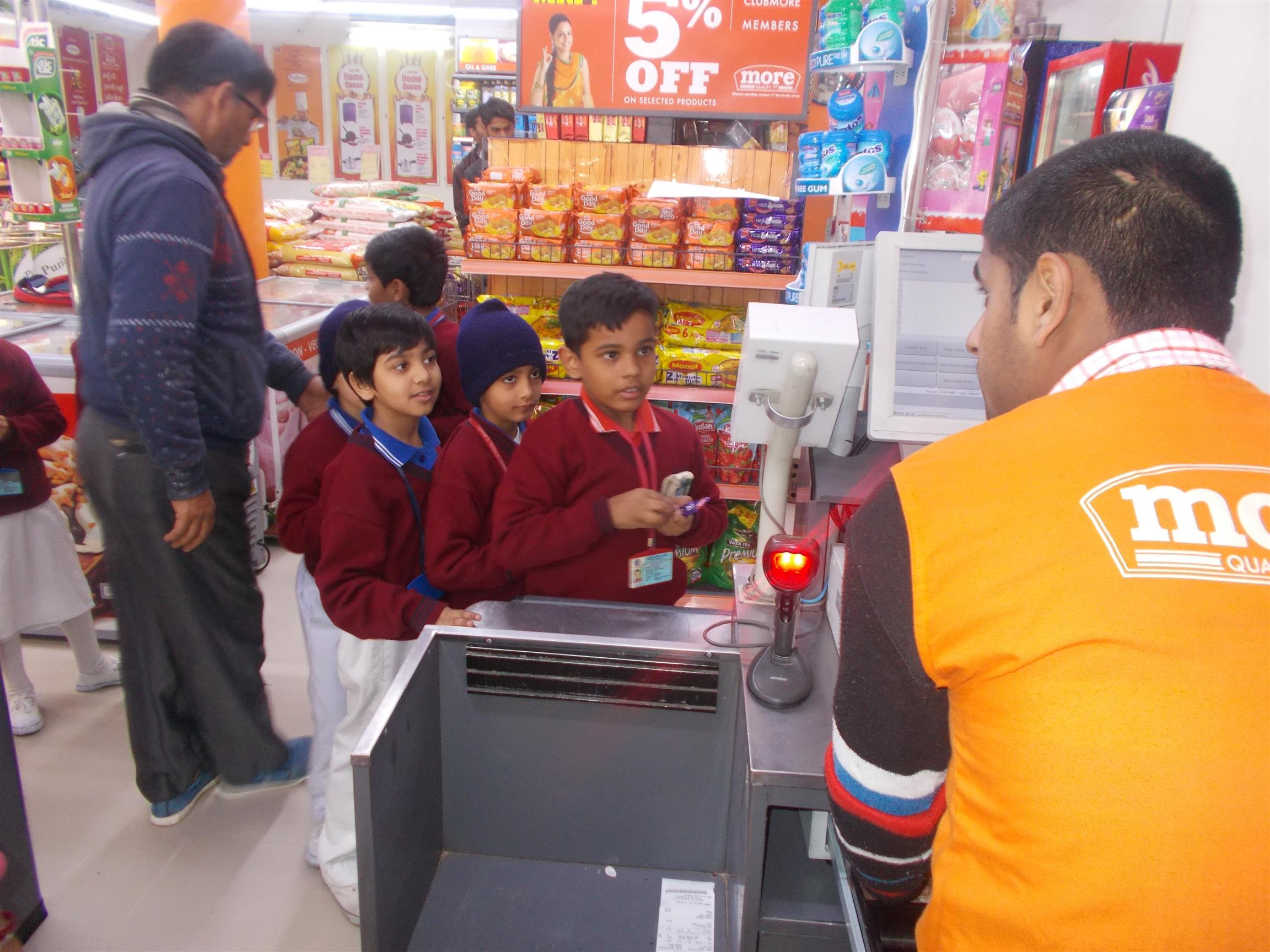 Visit to Departmental Store - MORE | AKSIPS 125 Chandigarh